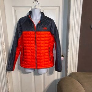 The North Face Orange Gray quilted Jacket SZ M